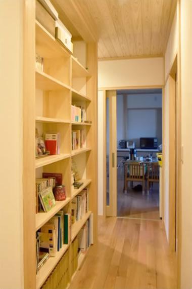 こだわった本棚